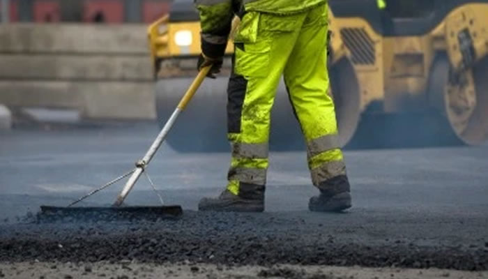Struthers Road Resurfacing